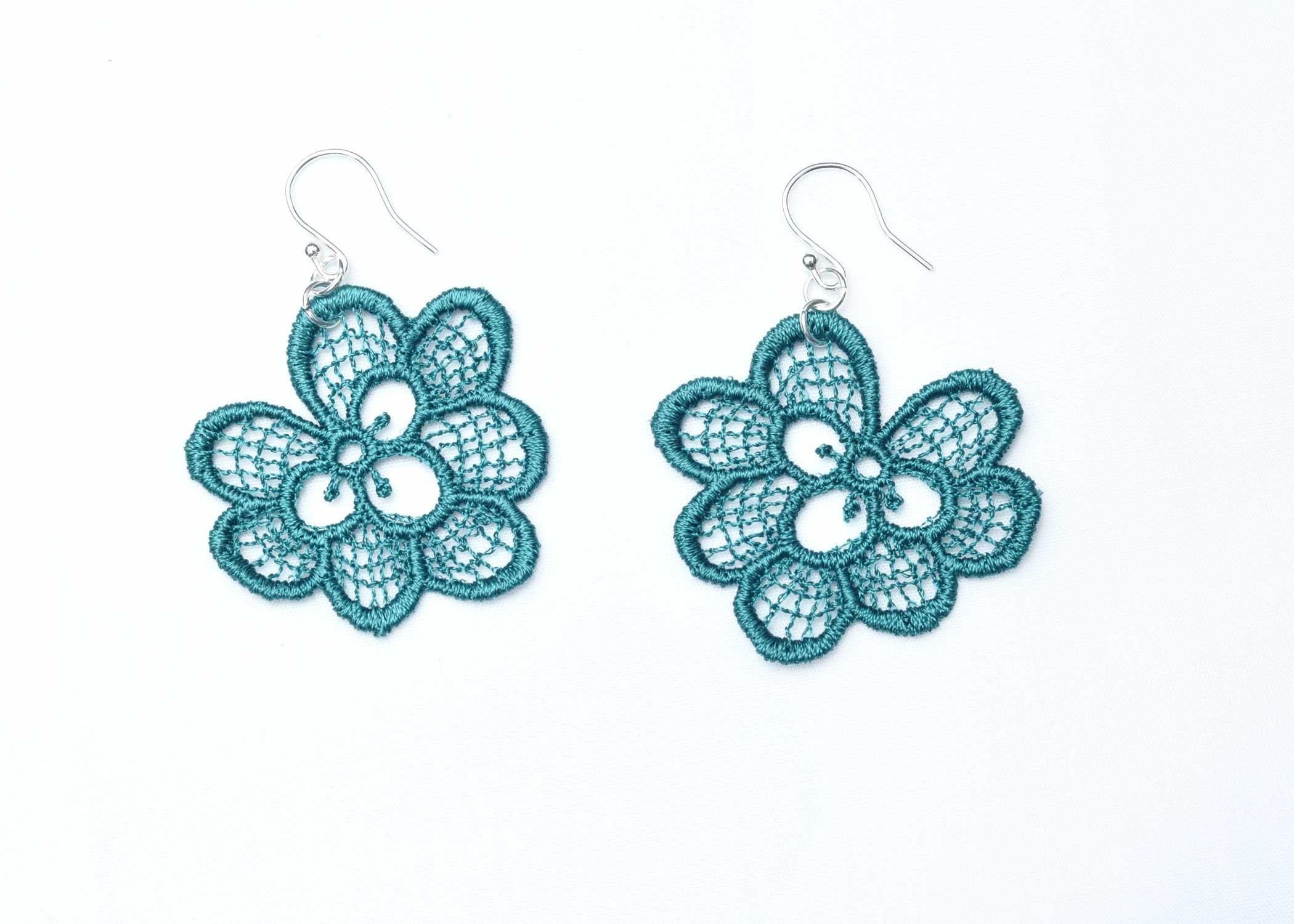 Lace-Earring-E3-Emerald