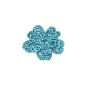 Daisy Dreamer lace brooch in emerald