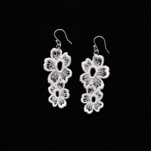 Lace Earring E7 Soft White