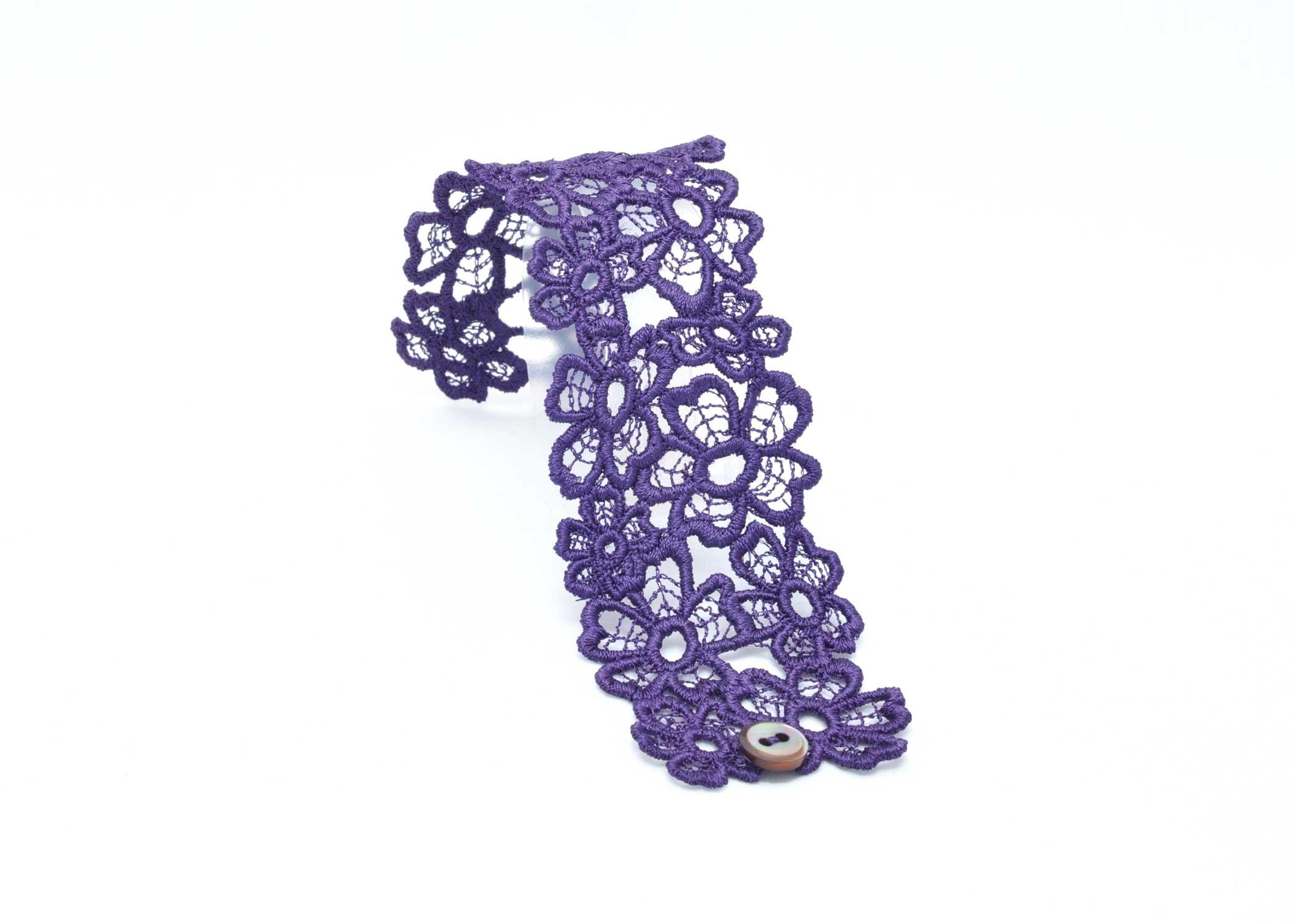 lacelet-c5-purple