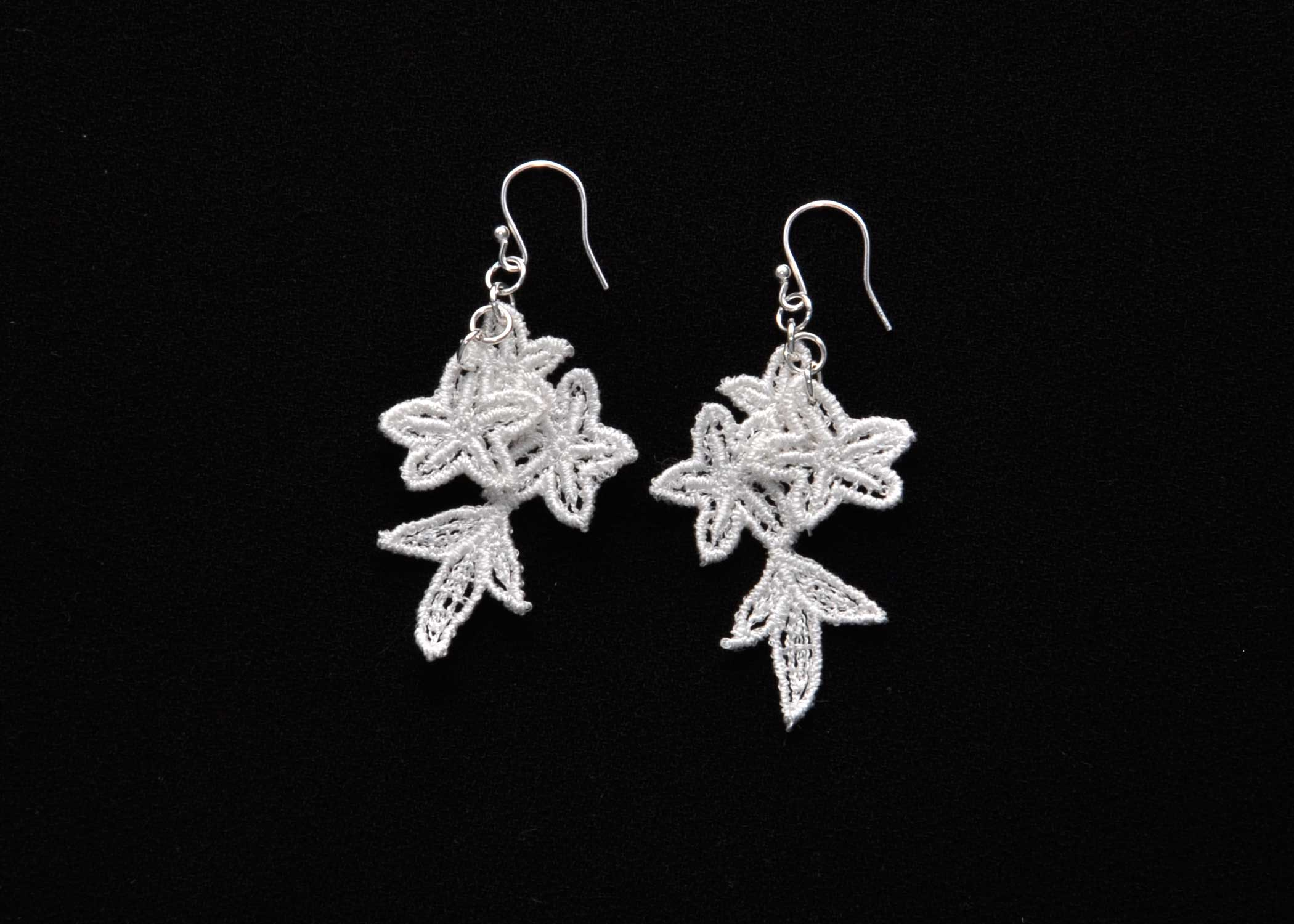 Lace-Earring-E8-Soft-White
