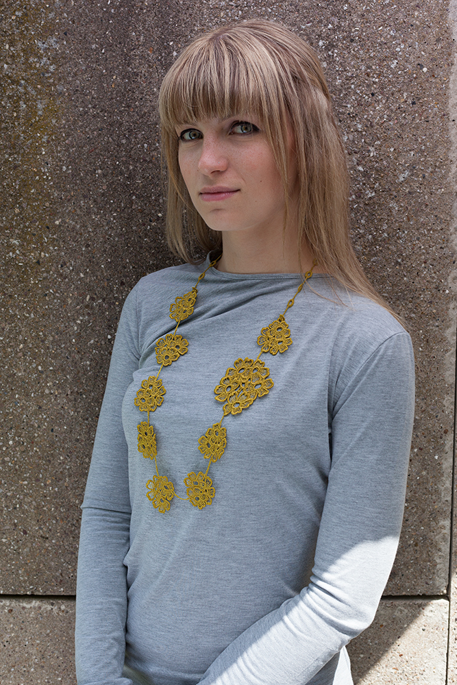 Daisy-Dreamer-Lace-Necklace-NL21-Bamboo2