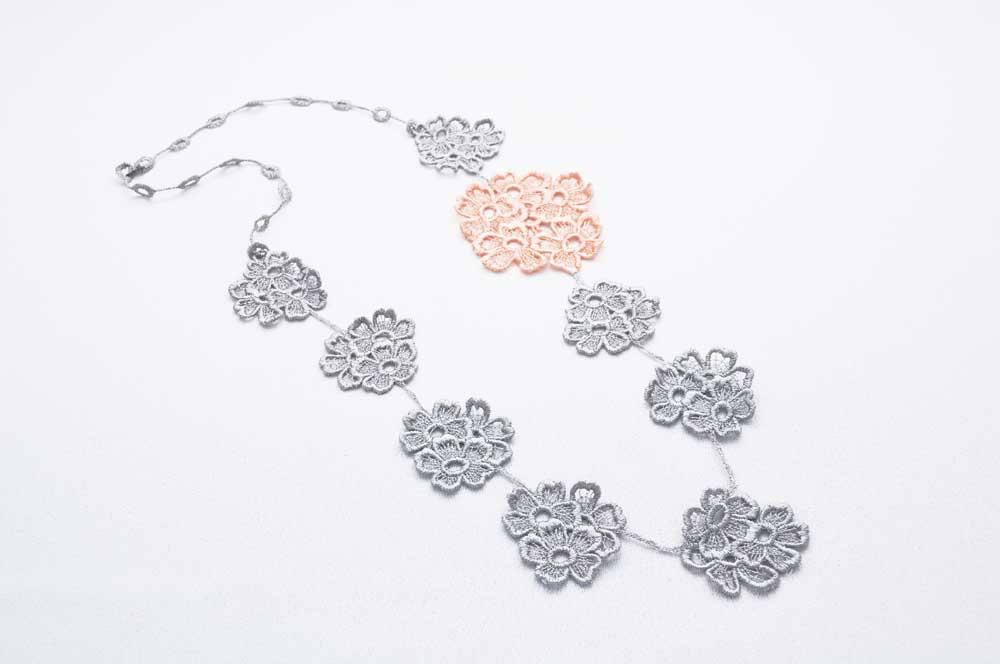 nl21-soft-grey-peach