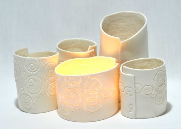 Porcelain tea light group