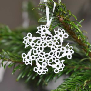Lace snowflake hanging Christmas tree ornament