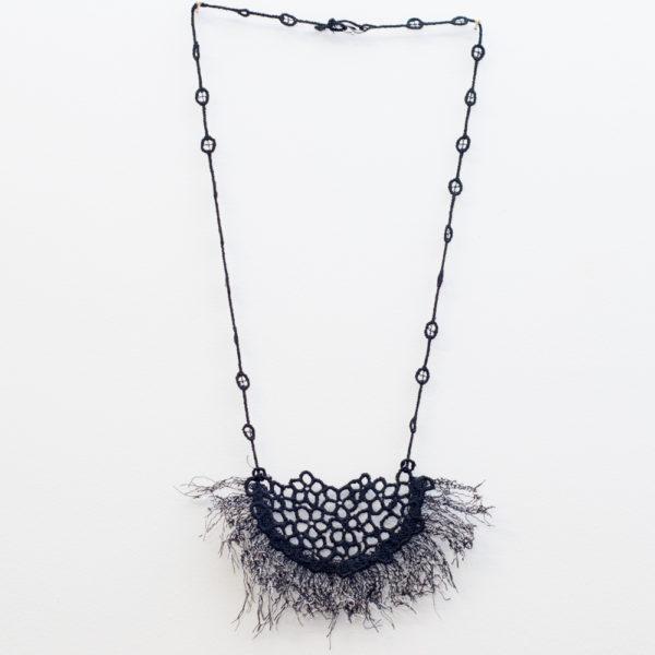 Fringe black necklace