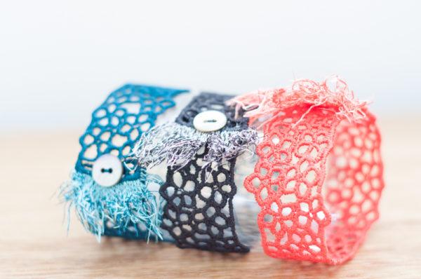 Fringe lace cuffs